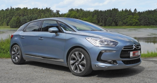 Citroën DS5 je zatím největším typem stímto obnoveným označením