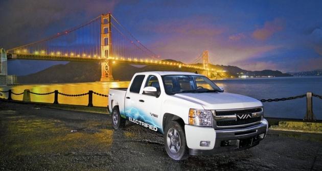 VTRUX Truck vznikl přestavbou Chevroletu Silverado