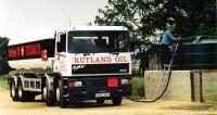 ERF EC10 Turbo 325 (Cummins) pro přepravu 25 tisíc litrů nafty (1996)