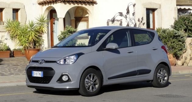Hyundai i10 druhé generace  jsme důkladně prověřili  při novinářském představení naSardinii