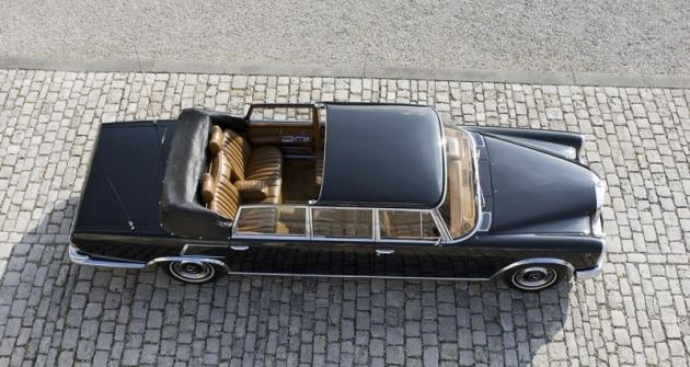 Otevřené verze Pullman Landaulet se vyráběly odroku 1965