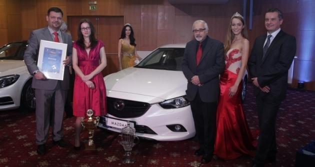 Přebírání cen Auto roku 2014. Vítěz Mazda 6.