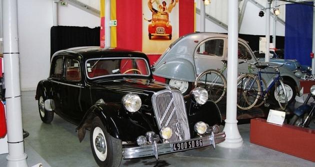 Citroën 15 Six, nejsilnější verze slavné řady Traction Avant zlet 1934 až 1957