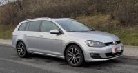 Volkswagen Golf Variant  je delší než hatchback;  má stejný rozvor, ale prodlouženou záď sjinou výklopnou stěnou iodlišným tvarem koncových svítilen