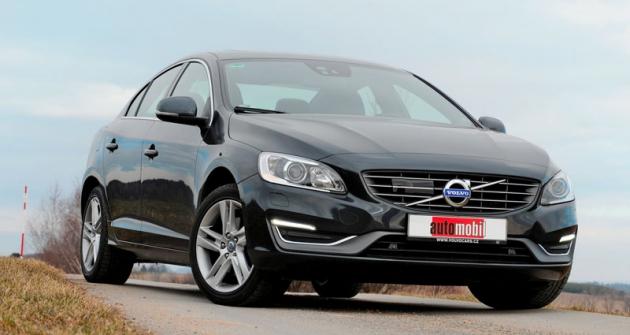 Volvo S60 se pomodernizaci dodává snovými pohonnými jednotkami
