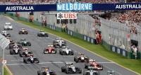 Postartu při premiéře vMelbourne jsou oba vozy Mercedes F1 W05 načele pole  (44 = Hamilton, 6 = Rosberg)