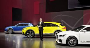 Dr.Ulrich Hackenberg, vedoucí technického vývoje, představil Audi TT Offroad nakoncernovém večeru VW Group před Auto China 2014