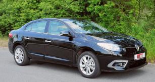 Pofaceliftu je Renault Fluence elegantnější apůsobí dynamičtěji, zejména změnami přídě adalších detailů designu tříprostorové karoserie