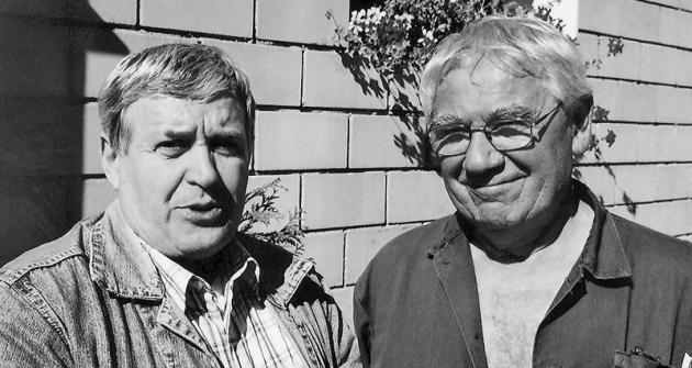 Michal Stripačuk dnes (vpravo) smechanikem Jánem Landtem
