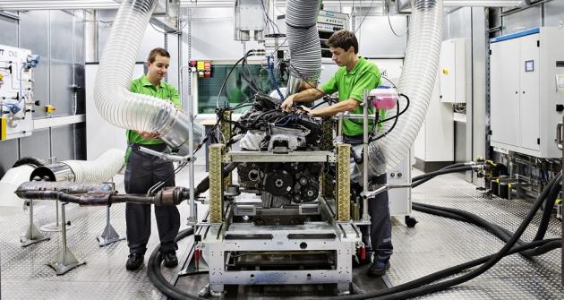 140904-new-skoda-engine-centre-011 89473