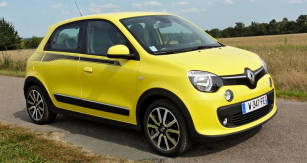 Renault Twingo třetí generace patří vzhledem kekoncepci pohonu knejvýraznějším novinkám letošního roku