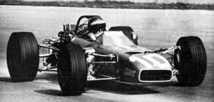 Svozem  De Tomaso 103 Ford F2 vzávodě  Lotteria Monza 1969 (dojel devátý, vyhrál Robin Widdows, Brabham BT23C Ford)