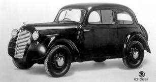 První reklamní snímek vozu Škoda Popular 995 zpodzimu 1938
