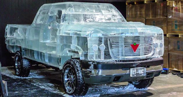 Zazáklad neobvyklé kreace vozidla byl vybrán podvozek Chevrolet 2500 HD.