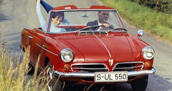 NSU Wankel Spider, první sériový automobil nasvětě, poháněný rotačním motorem (výroba 1964 – 1967; debut IAA 1963)