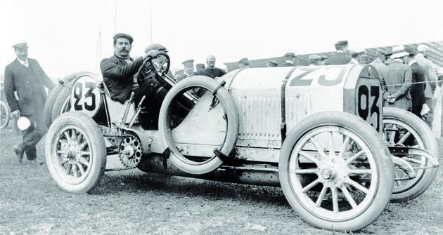 Pod vedením Georga Diehla zkonstruovali apostavili Hans Niebel, Louis de Groulart, Fritz Erle adalší pro sezonu 1908 zcela nové závodní vozy Benz 120 hp, které se měly prosadit vzávodech Grand Prix.