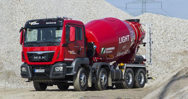 MAN TGS 32.400 8x4 sdomíchávačem betonu