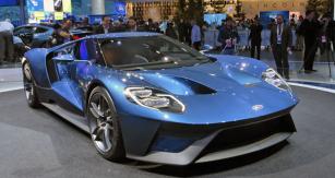 Ford GT je pokračováním tradice, zahájené prototypem GT40 před více než padesáti lety