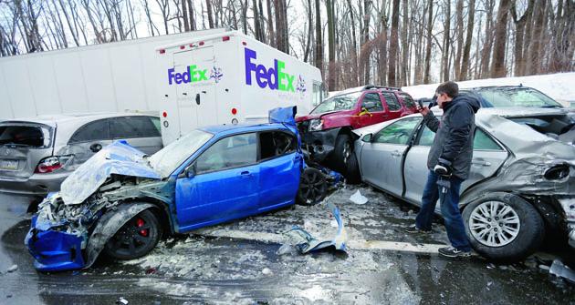 Při každé nehodě  je třeba přesně vědět co se má dle zákona udělat. Každý nestandardní postup se dříve či později nevyplatí.