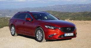 Rozšířením nabídky Mazda6 jsou verze AWD spohonem všech kol