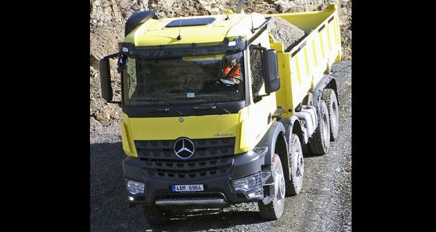 Mercedes-Benz Arocs 4146 8x6 sklápěč