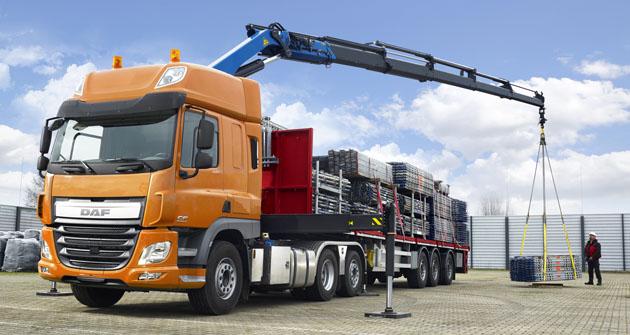 DAF Trucks rozšířil nabídku o tahače XF a CF se zadní řízenou nápravou