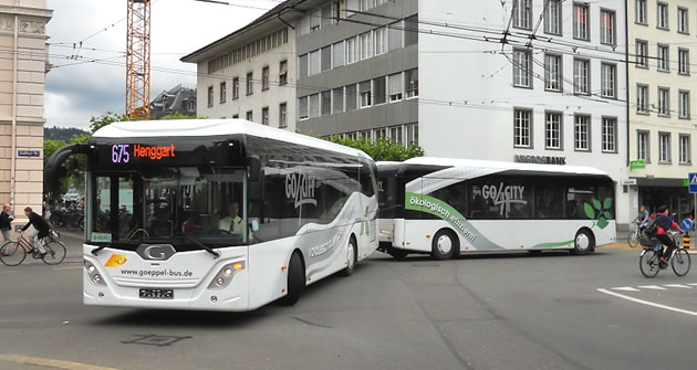 Souprava autobusu a přívěsu Göppel
