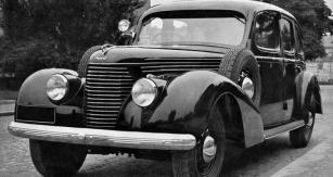 Škoda Superb 3000 smodernizovanou přídí  zroku 1939