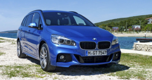BMW 2 Gran Tourer  je prodlouženou verzí Active Toureru, pěti- nebo sedmimístnou