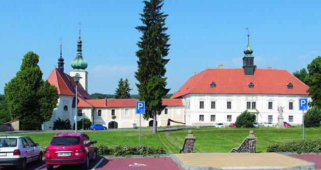 Kounický zámek