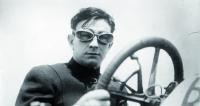 Bob Burman – americký rychlík začátku dvacátého století. Automobilový závodník, držitel světových rychlostních rekordů.