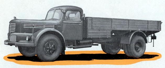 Škoda 706R vsériovém provedení zroku 1951