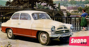 Škoda 440 Spartak naprospektu  znabídky Mototechny, kterou jste nemohli využít (vozy byly napořadník  apro zasloužilé)