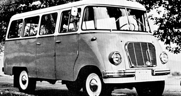 Polský minibus Nysa 501,  také smotorem  Perkins Diesel (1967)