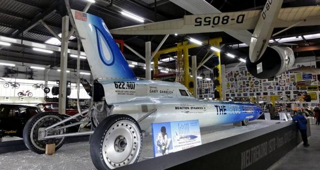 Raketový automobil Blue Flame, držitel absolutního světového rekordu FIA průměrnou rychlostí 1001,452km/h (1970)