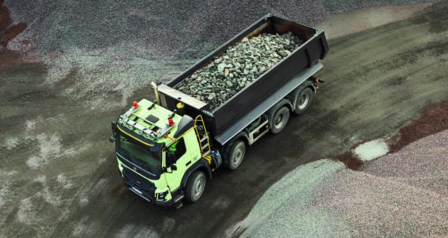 Tiež zákazníci, ktorí sa rozhodnú pre bubnové brzdy používané najmä vprašnom či mokrom prostredí, môžu teraz ťažiť zvýhod elektronického brzdného systému Volvo (EBS).