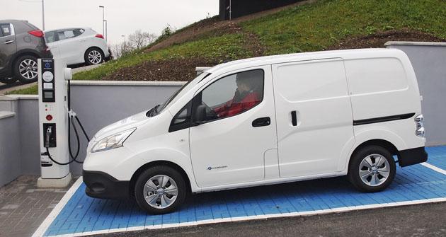 Elektrovůz Nissan NV 200