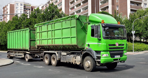 Phoenix jako nosič kontejnerů s přívěsem