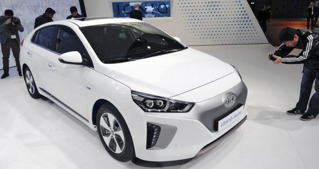 Hyundai Ioniq Electric,  jedna ze tří verzí  rodinného vozu budoucnosti salternativním pohonem