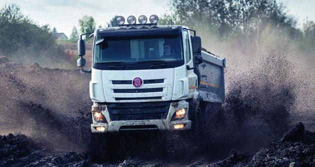 Ucelená nabídka  vozidel obchodní řady Phoenix Euro 6 pracuje se dvou, tří, čtyř apěti nápravovými podvozky, plněpohonným če neplněpohonným systémem amanuálně řazenými, automatizovanými či plně automatickými převodovkami.