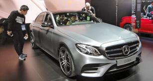 Mercedes-Benz  třídyE nové generace  slavil překvapivě  světovou premiéru  už nalednovém  autosalonu vDetroitu