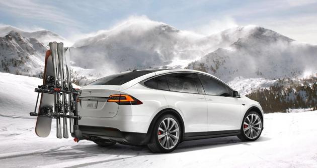 Tesla Motors  slibuje širokou paletu příslušenství itažení přívěsu  do2300 kilogramů