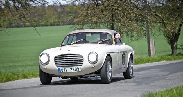Nejcennějším vozem startovního pole byla Siata Daina Gran Sport zroku 1953