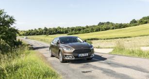 Ford Mondeo Vignale vyniká komfortním abezpečným překonáváním dlouhých vzdáleností