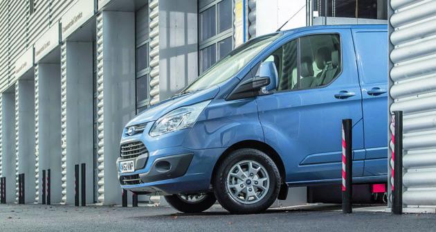 Vrámci vývoje atestování spolehlivosti najezdily prototypy Transit smotory Ford 2.0 EcoBlue ekvivalent 5500000km.