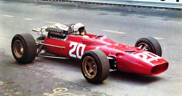 Chris Amon (Ferrari 312 V12) ve Velké ceně Monaka roku 1967 (v oné sezoně obsadil čtvrté místo v MS formule 1)