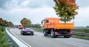 Prototyp vozidla MAN bude testován vprovozu nazpevněných krajnicích dálniční sítě vespolkovém státě Hessensko.