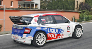 Nestárnoucí Igor Drotár (Škoda Fabia WRC) dobyl nejen týmovou cenu ve Šternberku, ale je také úřadujícím mistrem Slovenska aPolska v závodech do vrchu