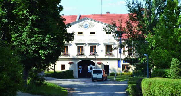 Muzeum Praga veZbuzanech uPrahy je dnes zavřené aten kdo jej vybudoval má oči pro pláč.