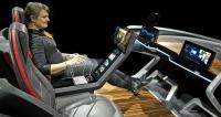 Bosch do LasVegas přivezl nejen ukázku kokpitu automobilu budoucnosti, aletaké mnoho dalších zařízení zesvěta spotřební elektroniky, které se dokáží vzájemně propojit